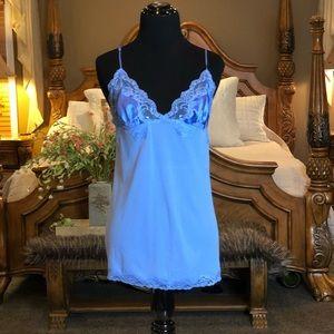 Victoria's Secret Embellished Cami Size Medium